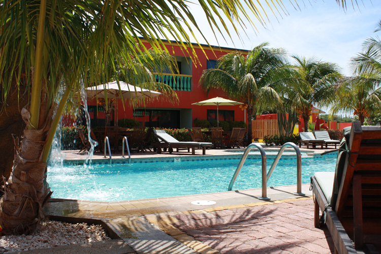 Del Rey Apartments Aruba, Apart Hotel en Aruba, Palm Beach ...
