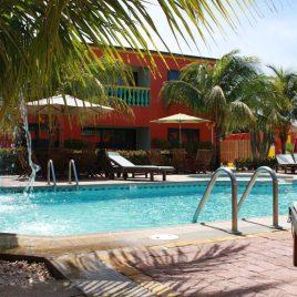 Del Rey Apartment Aruba Piscina